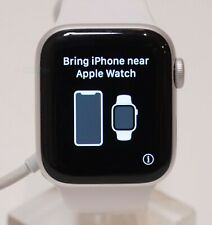 Apple Watch Series 4 Aluminum Case 40mm (GPS) Silver READ LISTING