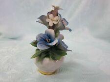 Capodimonte Blumenstrauß klein Porzellan Blumenkorb Deko Blumen blau 19415