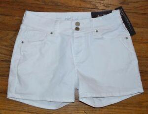 Apt 9 Denim Shorts White Rinse Jean Shorts Mid Rise Straight Hip Hits Mid Thigh