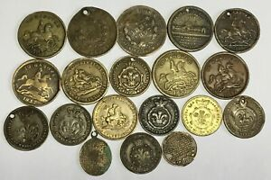 COLLECTION OF QUEEN VICTORIA BRASS & COPPER MODEL & GAMING TOKENS