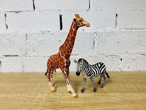 Schleich Giraffe 2015 14749 & Zebra Female 2017 14810 Wild Zoo Animal Lot