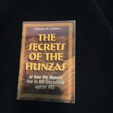 CHRISTIAN H. GODFREY, THE SECRETS OF THE HUNZAS. MINI BOOK, 60 PAGES.