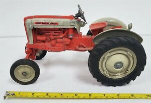 O32 VINTAGE 1950'S DIECAST HUBLEY FORD SELECT SPEED TRACTOR