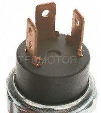 Standard Motor Products PS64 Oil Pressure Sender for Light