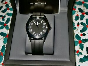 VICTORINOX SWISS ARMY MEN'S WATCH NEW EXCLUSIVE LIMITED EDITION