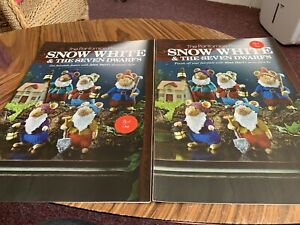 Alan Dart - Snow White & The Seven Dwarfs Knitting Pattern