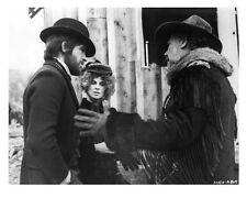 McCABE & MRS. MILLER scene still WARREN BEATTY & JULIE CHRISTIE -- (n160)