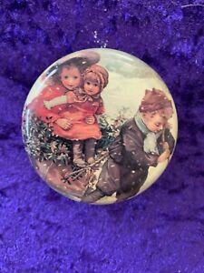 Vintage/ Retro Past Times Small Round Christmas Tin