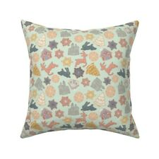 Old Gingerbread Mint Star Throw Pillow Cover w Optional Insert by Spoonflower