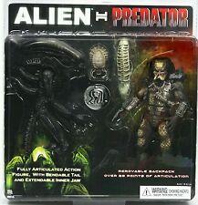 "Neca Alien vs Predator two 8"" action figures pack"