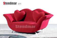 New Modern Design Fabric Lip Style Loveseat S171