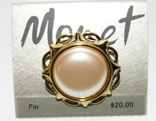 MONET Gold Tone Faux Pearl BROOCH New on Card SIGNED (1AGG)