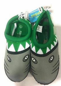 Fresko Kids Unisex Shark Slip On Water Childrens Shoes Kelly Green Size 6