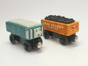 Thomas & Friends Wooden Railway Rickety Troublesome Truck & Fred Pelhay