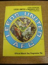 23/03/1977 Leeds United v NORWICH CITY (Jeton retiré, plié). personnes souhaitant assister progs (AK