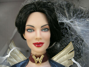 TONNER WONDER WOMAN STEAMPUNK #1 2012 RETIRED NRFB HEROIC TYLER COLOR DOLL