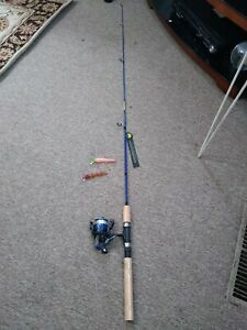 "5'3"" wakeman fishing rod and reel/fishing lures"