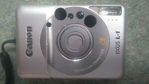 CANON IXUS L-1 SILVER FILM CAMERA AND CARRY CASE - LENS 26MM 1:2.8 - FREE UK P&P