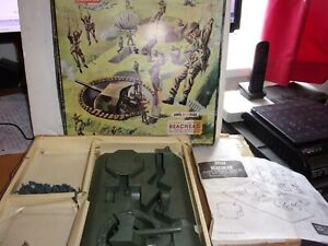 VINTAGE AIRFIX HO.OO BEACHEAD BOXED PLAYSET, SEE CONDITION DES. & ALL PHOTOS