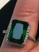 Sparkling Green Halo Emerald Ring & Natural Diamond accents 14K Goldep