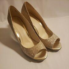 Simply Pelle Wendie Women's Wedge Heels Size 8M Gold Glitter Wedding Formal
