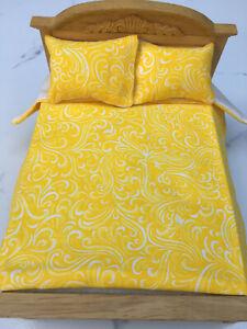 Miniature Dollhouse Bedspread Comforter 2 Pillows 1:12 scale Swirl  lemon