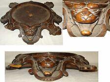 Ancien gros Socle en bois Sculpté de chine décor de chimère, chiens de Fô XIX