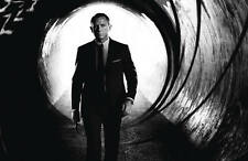 Skyfall 007 art booklet for Steelbook New 32 pages  Limited Edition