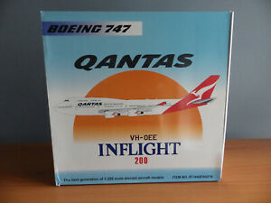 1:200 INFLIGHT QANTAS 747-400 VH-OEE