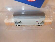 Athearn R-T-R HO Union Pacific UP 34' ACF 2970 CuFt Cov Hopper Gray #219336