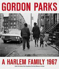 "Gordon parks - ""A Harlem family 1967"""