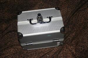Makeup Jewelry Storage Box Train Cosmetic Handle Case