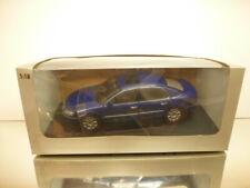 AUTOART 79744 VOLKSWAGEN PHAETON - BLUE PEARL 1:18 RARE - EXCELLENT IN BOX