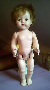 ancienne poupée,yeux riboulants,raynal?sans marque pour pieces ou restauration