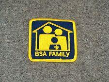 BSA INSIGNIA…CUB SCOUT FAMILY AWARD…1980-90 ERA