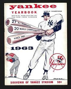 1963 New York Yankees Yearbook August 8, Mickey Mantle, Roger Maris - EX+++