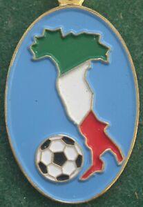 Rare Italy FIFA World Cup 1990 Football Keychain