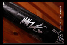 GFA Baltimore Orioles  * MATT WIETERS *  Signed GU Full Size Bat MH1 COA**