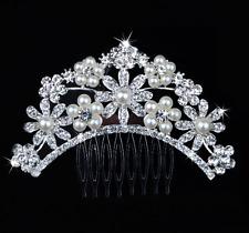 Accessoires mariage cérémonie cheveux: Peigne fleurs perles blanches strass