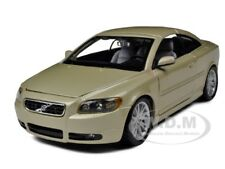 VOLVO C70 COUPE GOLD 1/24 DIECAST MODEL CAR BY BBURAGO 22100