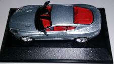 OXFORD: ASTON MARTIN DB9 Coupé gris avec sa boite vitrine