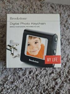 Brookstone My Life Digital Photo Keychain