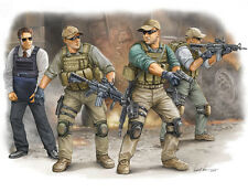 Trumpeter 00420 PMC in Iraq 2005 VIP Security guards - Soldaten 1:35