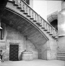 ESPAGNE c. 1950 - Escalier en Pierre Puits  Valence - Négatif 6 x 6 - Esp 193