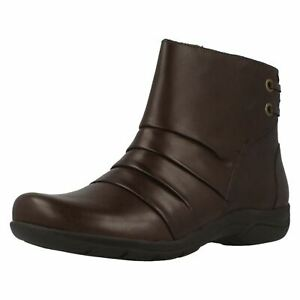 Ladies Clarks Wedge heeled Boots Mells Ruth
