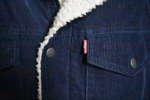 LEVI'S Sherpa Lined Corduroy Trucker Jacket Mens Size Medium *Mint*
