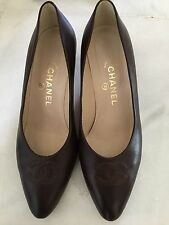 CHANEL BROWN  LEATHER  HEEL SHOES  CC SIGNATURE  SIZE 40,5 UK 7-7,5