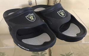 Vintage NWOT, Las Vegas/Oakland Raiders NFL Men's Slipper, Size 7