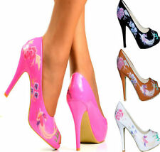 Court Synthetic Leather Floral Heels for Women