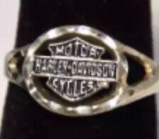 """Ladies 10K White Gold Size 6.5 """"Harley Davidson Motor Cycles"""" Ring  --416"""